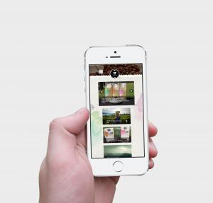 iPhone-5s-Hand-Mockup